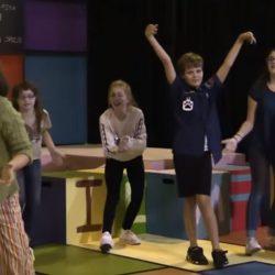 junie-b-kids-dancing